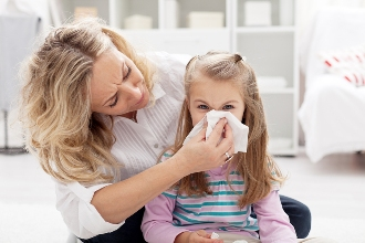 fall allergies - runny noses and itchy eyes