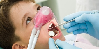Child receiving nitrous oxide